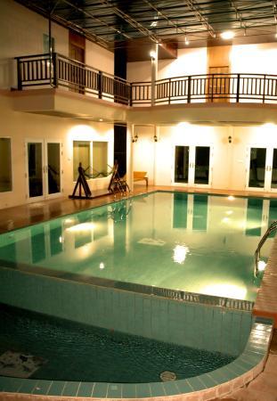 Sea Paradise Hotel : Swimming Pool