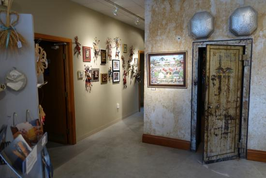 Grassroots Art Center: View of the gift shop