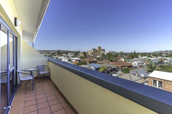 Quality Suites Boulevard On Beaumont : View from Studio