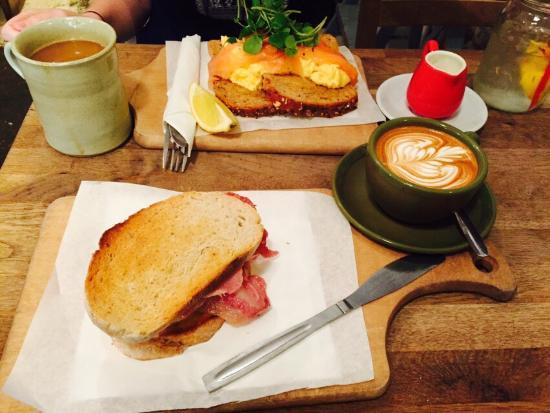 Sunday Morning Breakfast Casserole |Sunday Morning Breakfast