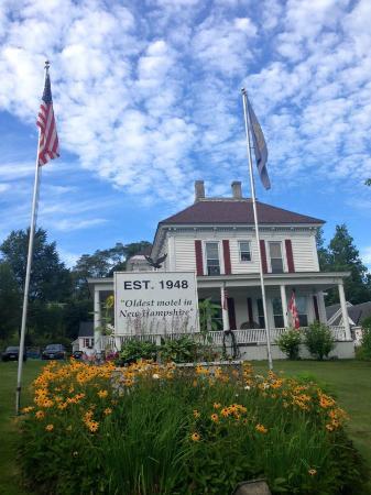 Littleton Motel : Oldest motel in NH-very quaint