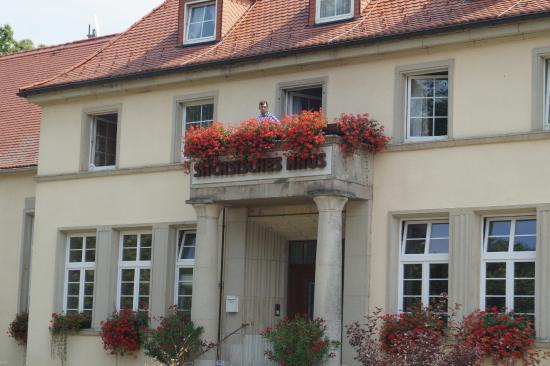 Berggieshübel, Alemania: Eingang zur Rezeption