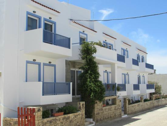 Luis Apartments