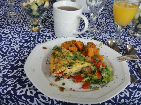 Trumpeter Inn-Breakfast