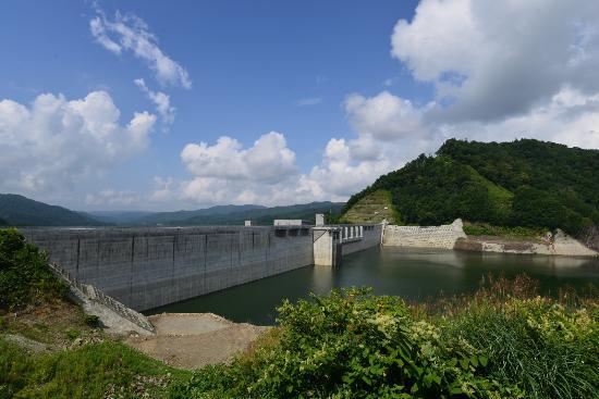 Sangen-kyo Bridge : ダムは満水に近い状態?