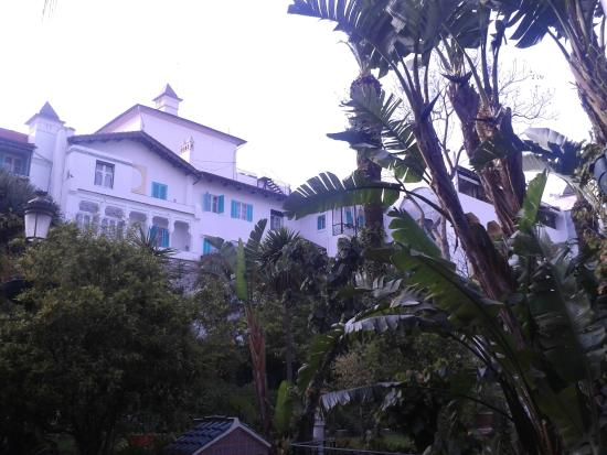 Hotel Saint George El Djazair : hotel visto dal giardino