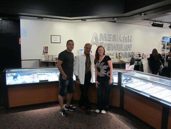 Les with happy travellers picture of american jewelry for Detroit jewelry and pawn
