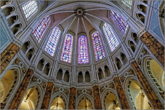 Architecte dintrieur chartres intrieur de cathedrale de for Formation decorateur interieur rouen