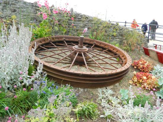 Saltburn Cliff Tramway: The Old Winding Wheel