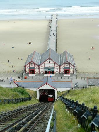 Saltburn Cliff Tramway: Great View of the Pier