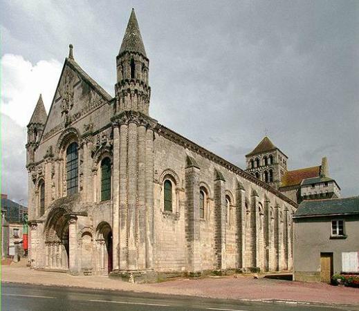 Abbaye Saint-Jouin-de-Marnes