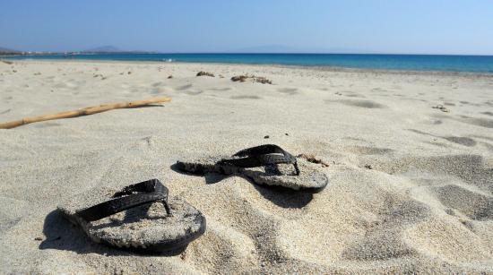 Hippocampus Club: Taverna on the beach
