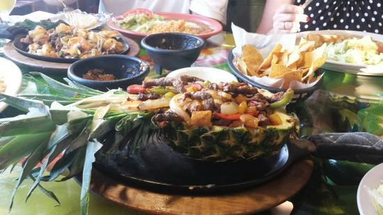 El Rodeo: Hawaiian fajitas