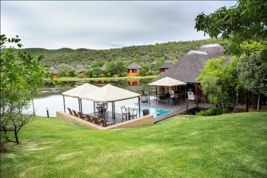 Intundla Game Lodge & Bush Spa