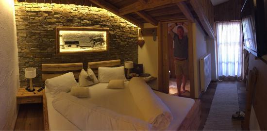 Wunderschöne Zimmer mit indirekter Beleuchtung ! - Bild von ...