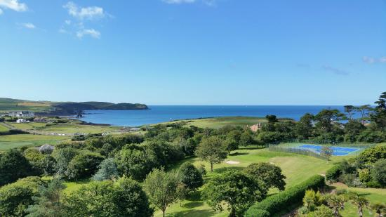 Thurlestone, UK: Gorgeous view from our balcony