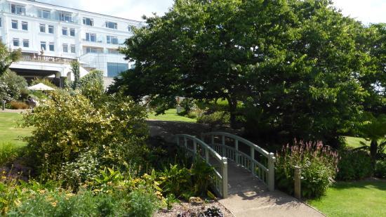 Thurlestone, UK: the gardens