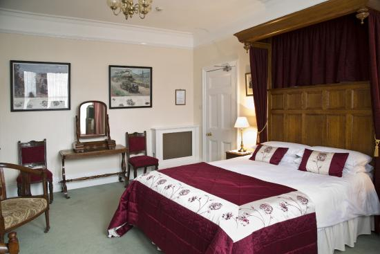 Banbury Cross Bed & Breakfast: King Room with Spa Bath and Shower