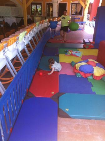 Igv Club Santaclara Parte Della Nursery