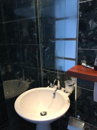 Hotel de l'Avenir : Baño