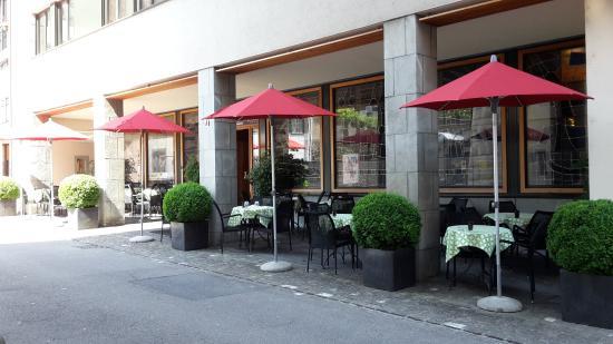 City-Hotel Ochsen Zug: Terrace of our bistro/bar