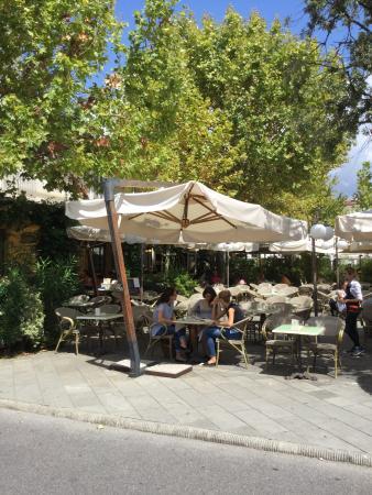 Caffe Roma: Locale