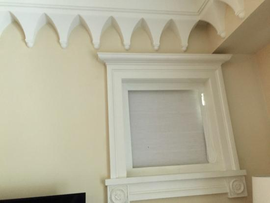 ITC Grand Bharat, Gurgaon - a Luxury Collection Retreat: The juxtaposition of the modern (PVC window) with the traditional wall design- ugliest ever!