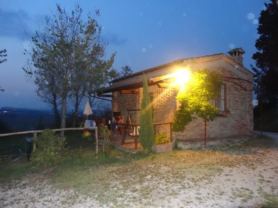 Isola d'Arbia, Италия: notre maisonnette de nuit