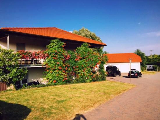 Gästehaus Schlosshof Weingut Mühlmichel