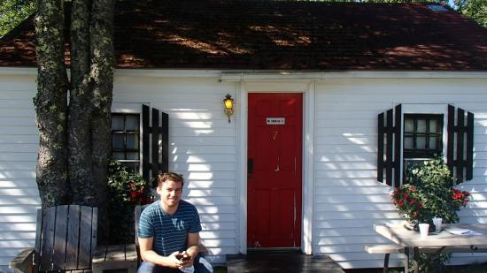 Open Hearth Inn: Our cute little cottage