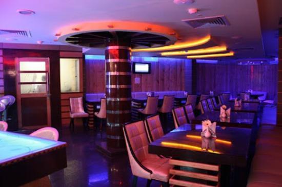 Hotel Crystal Paark Inn: photo1.jpg