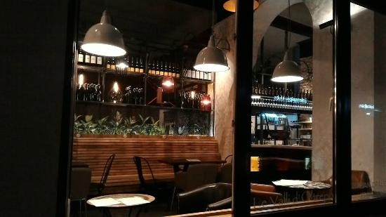 WinedraW bar
