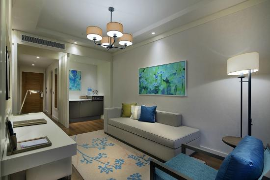papillon zeugma luxury pool suite)