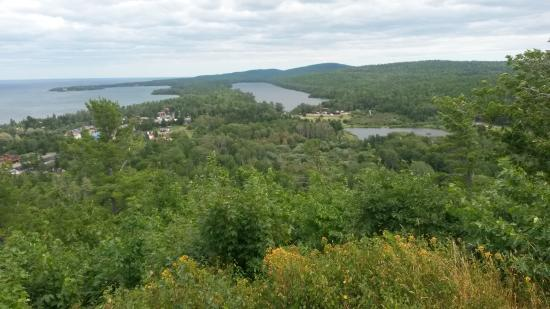 Lake Fanny Hooe Resort & Campground: Taken from Brockway Mt. overlook, Lake Fanny Hooe campground onthe right.