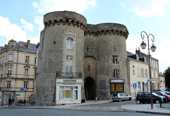 Chateau de Laval (Laval's Castle) : les tours