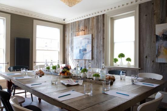 Clayton's Kitchen: Meeting Room