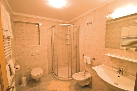 Tiso, Италия: Badezimmer-Bagno