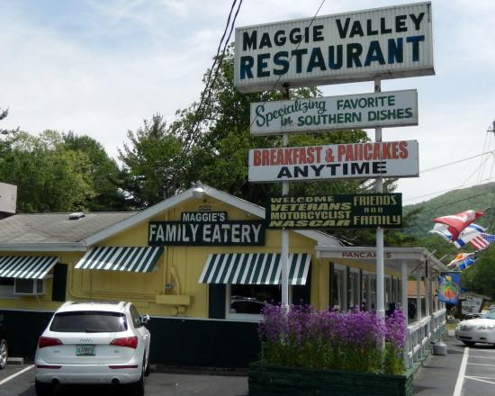 The Maggie Valley Restaurant: Maggie's Family Eatery