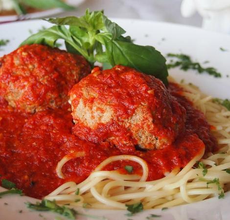 La Piazza Cucina: Famous Homemade Meatballs