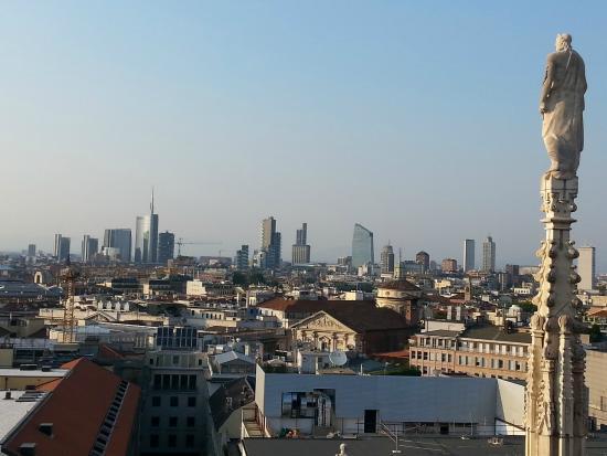 https://media-cdn.tripadvisor.com/media/photo-s/08/ac/62/bb/terrazze-del-duomo.jpg
