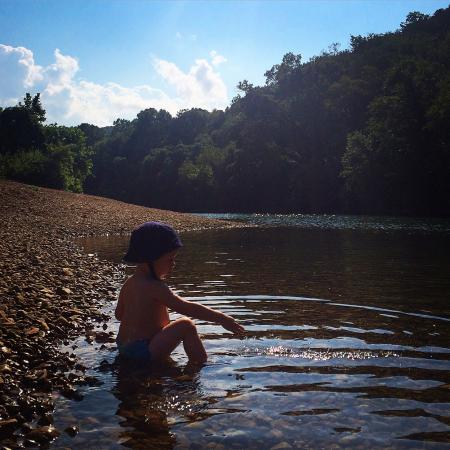 Sylamore Creek Camp: Perfect spot for young kids to play in the creek!