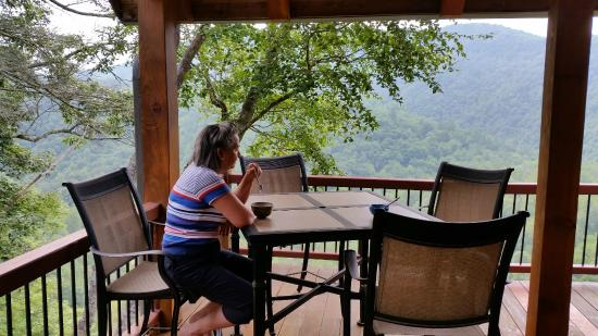 RiverDance: Breakfast on the veranda
