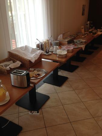 Popelka: Breakfast