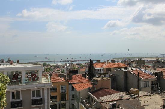 Hotel Niles Istanbul: Blick von der Dachterrassse