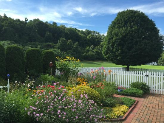Whately, MA : Side yard in bloom