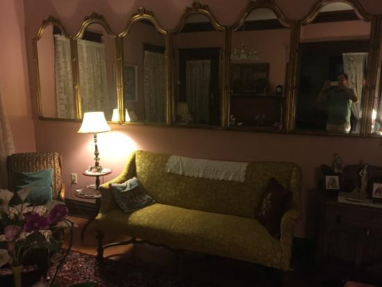 My Fair Lady Bed and Breakfast: Another living room