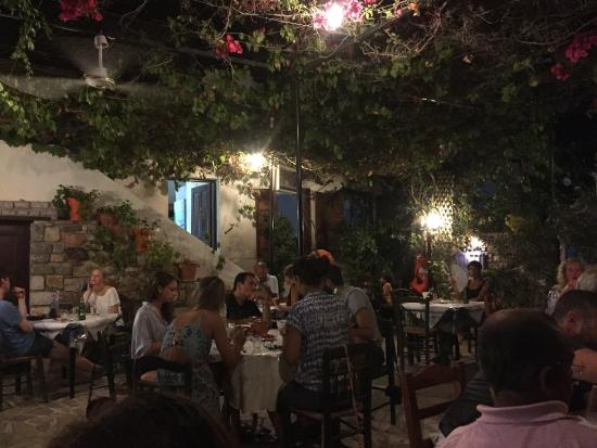 Taverna Michalis: photo0.jpg