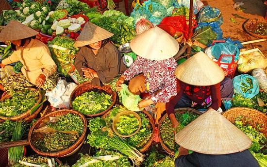 Vietnamese Street Food Tour: wet market