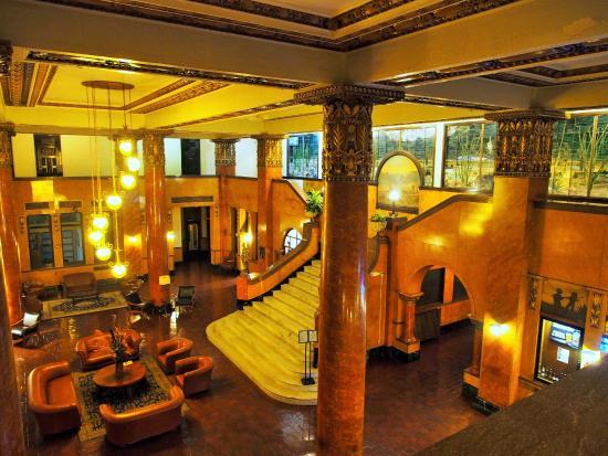 Gadsden Hotel: Hall
