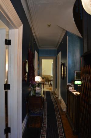 Hillard House Inn: Historic Charm